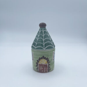 Barattolo piccolo porta sale e porta spezie a forma di casetta in ceramica fatta e dipinta a mano verde chiaro con tetto verde